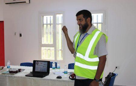 في إطار برامج التوجيه والإرشاد التي تقوم بها إدارة الصحة والسلامة المهنية لمستخدمي شركة البريقة بكافة المواقع قام منفذ البرنامج السيد(حاتم عبدالعزيز الصويعي)يوم الاربعاء